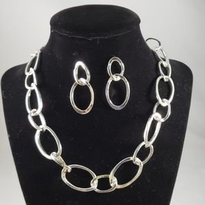 Silver Loop Necklace and Earrings..